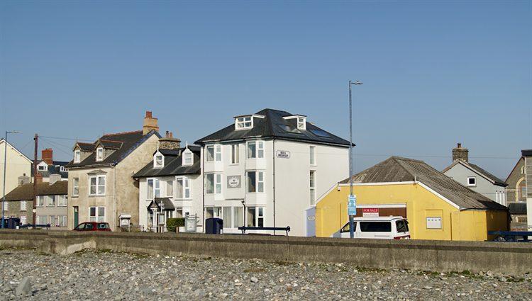 buy seaside bed and breakfast in the uk