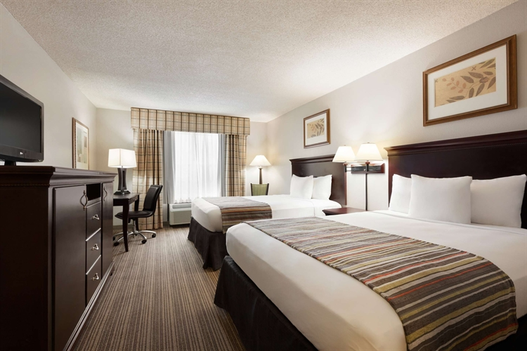 Красивый 3-этажный отель в США