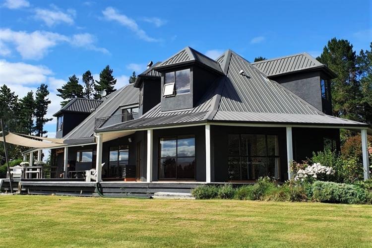 Luxury hotel in New Zealand