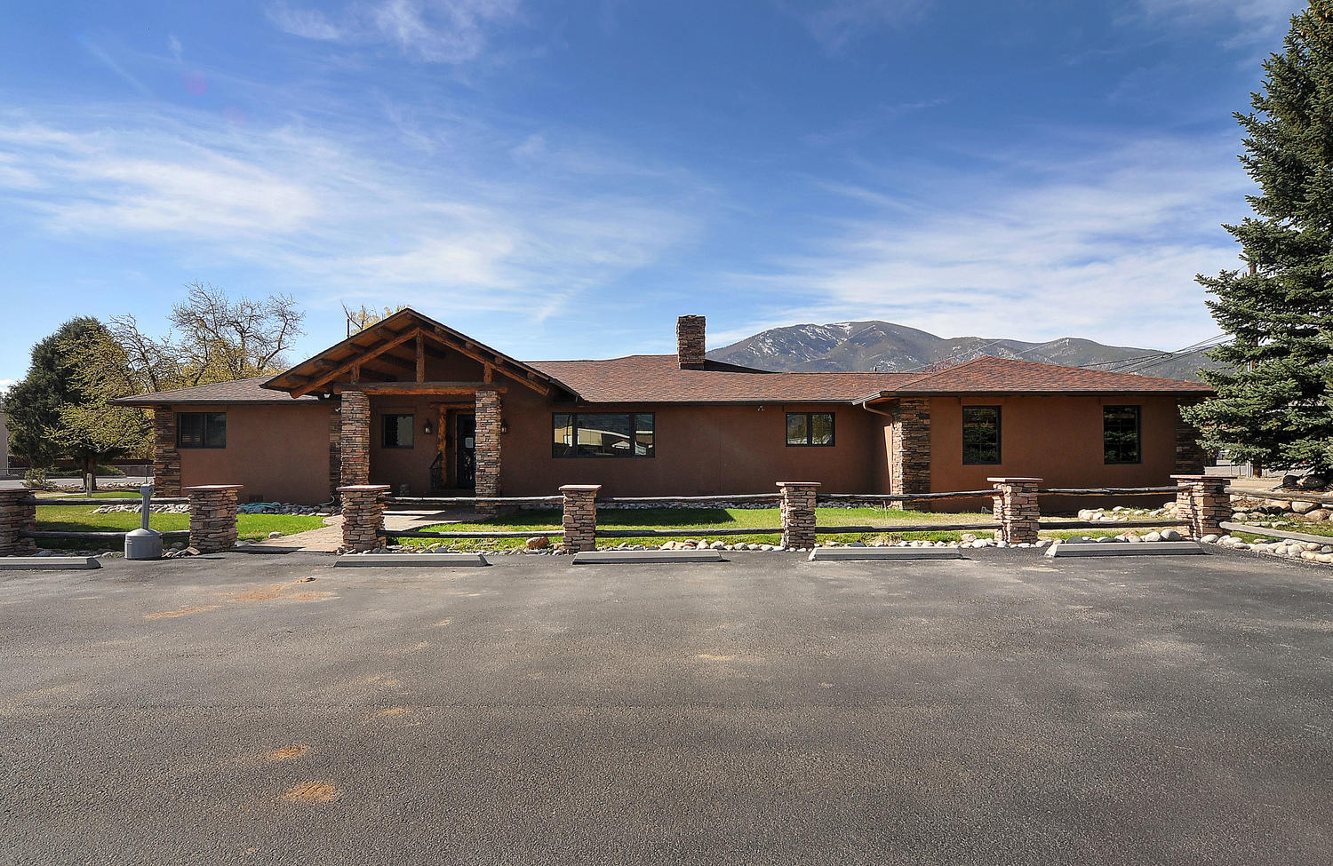 Property with High Visibility in Salida