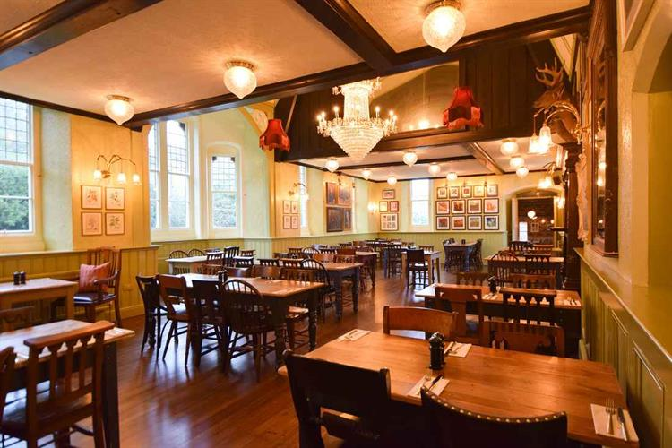 Large Freehold Pub In The United Kingdom