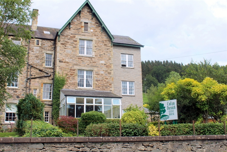 Buy an outstanding six bedroom guest house in perthshire