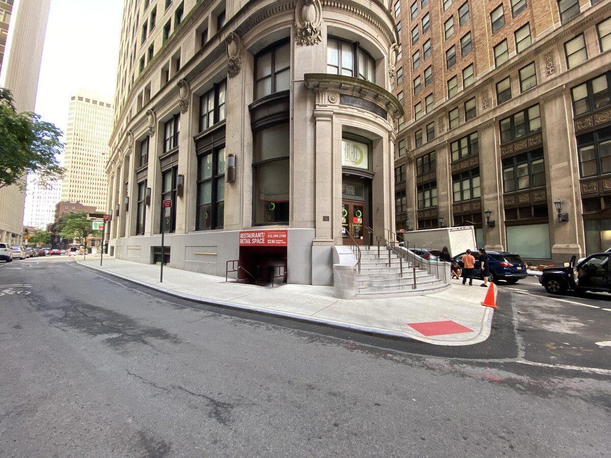 Restaurant & Property in New York