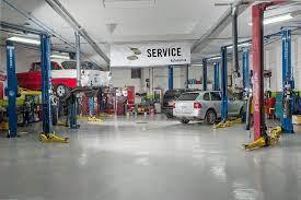 Atelier de réparation automobile en Californie