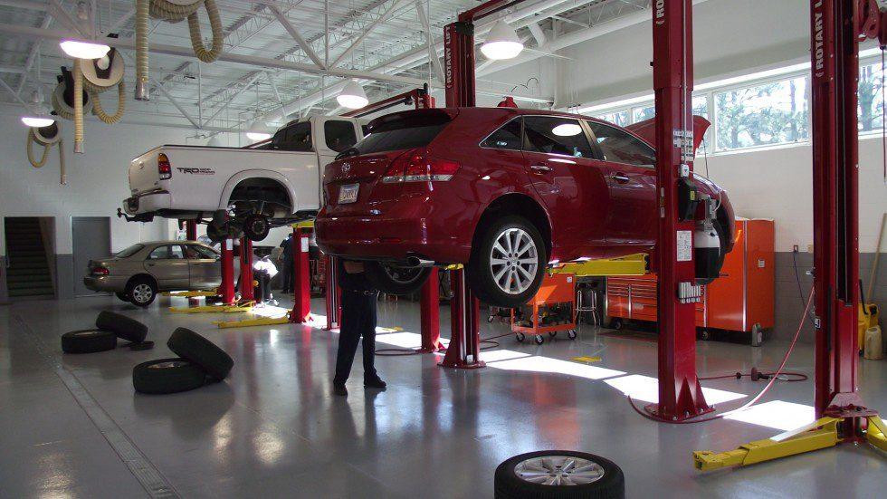Atelier de réparation automobile dans le Massachusetts