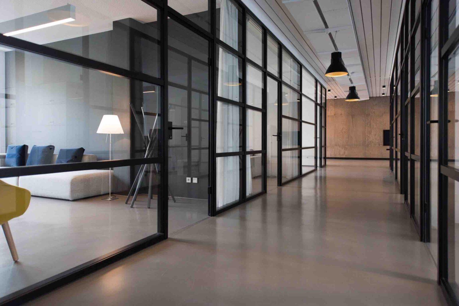 Entreprise de fabrication de verre et d'aluminium en Australie