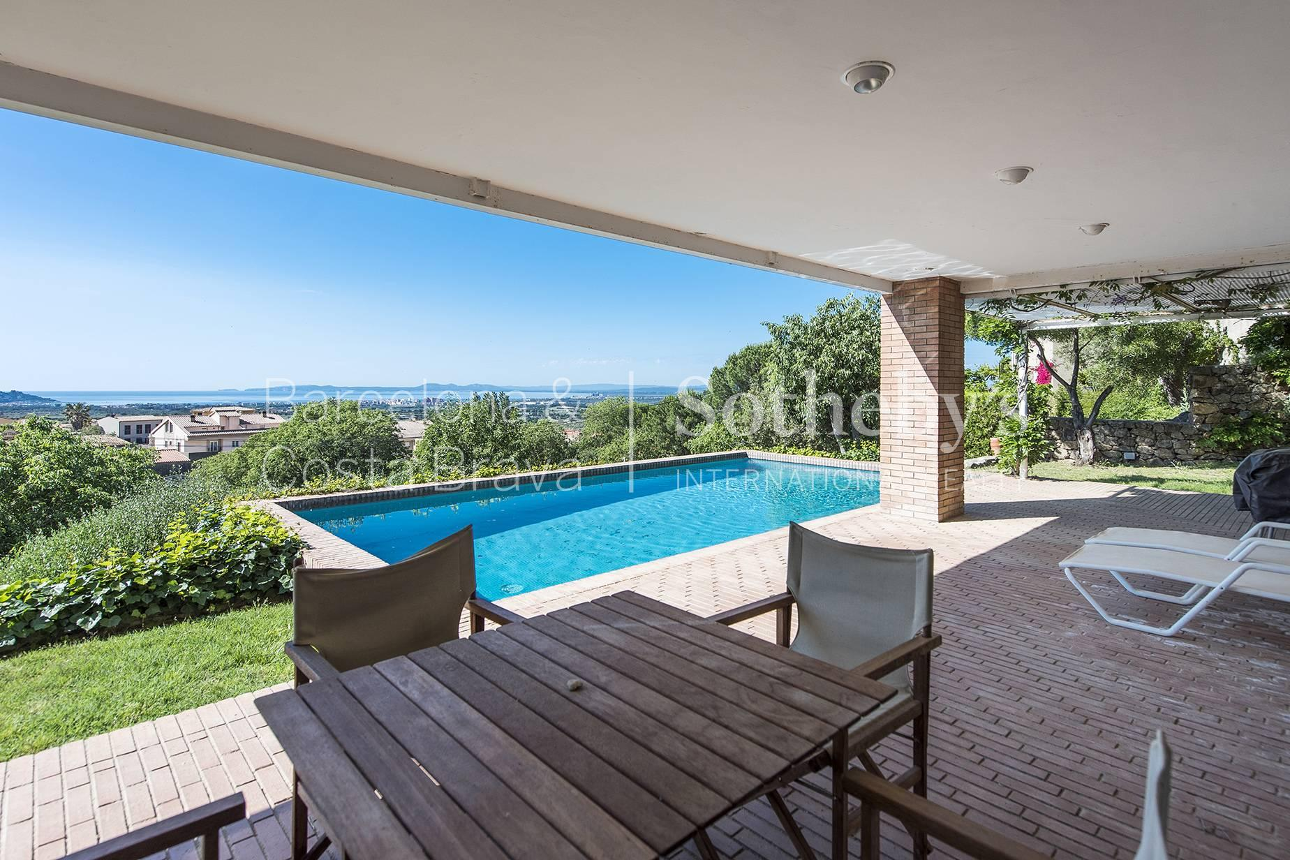 Fantastic Property in Palau Saberdera