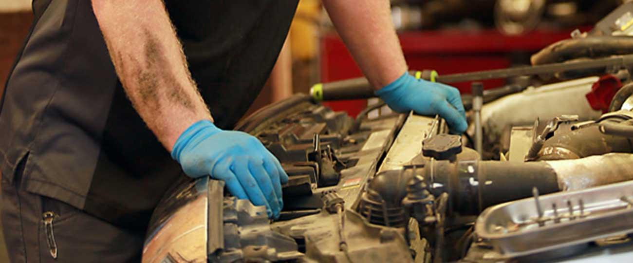 купить компанию по ремонту автомобилей